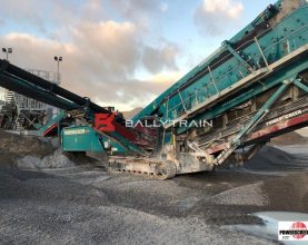 Powerscreen Chieftain 2100X Mobile Screener