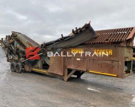 Powerscreen Chieftain 1200 Wheeled Screener
